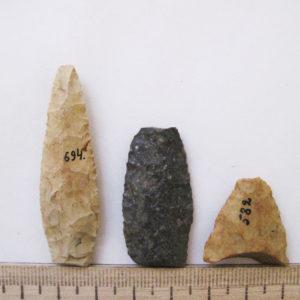 Наконечники стрел. Кремень, отжимная ретушь, II-I тыс. до н.э. Стоянка Старототемская