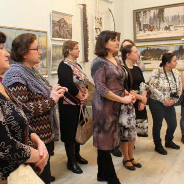 Тотемские музейщики реализовали новый выставочный проект  «Индустриальная тема на полотнах репрессированных художников»