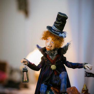 В музейно-выставочном центре открылась выставка авторской куклы Ирины Лукиной
