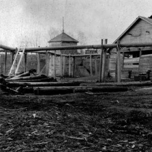 Рассолоподъемная вышка в с. Леденгск Тотемского уезда. 1913 г. Фото Н.В. Ильинского